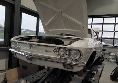 Chevrolet Corvair Front